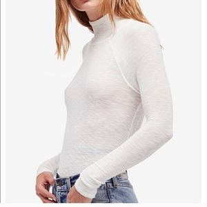 FREE PEOPLE Light Knit Cream Turtle Neck Sweater